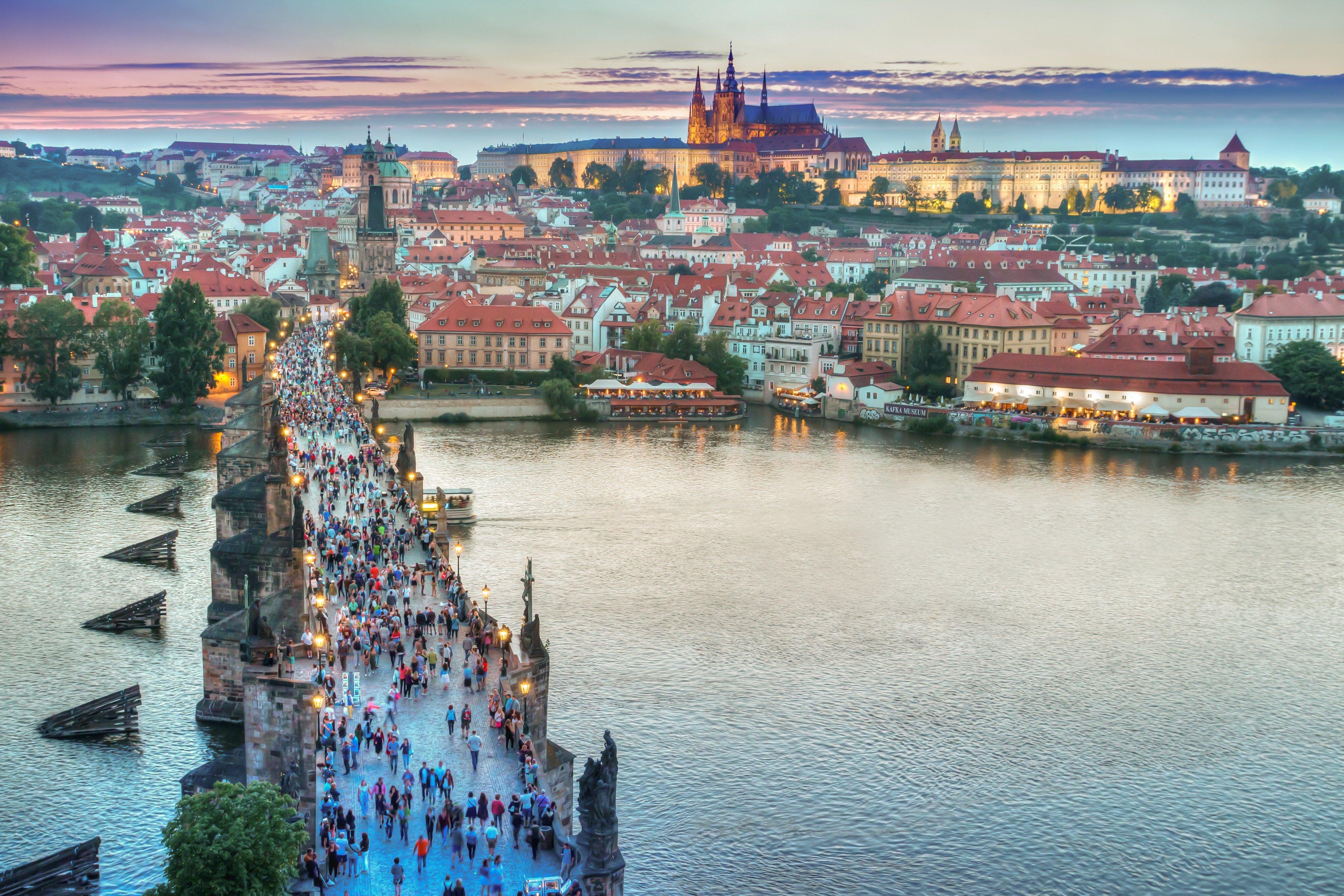 Camping am Elberadweg - ein lohnenswertes Ausflugsziel: Prag